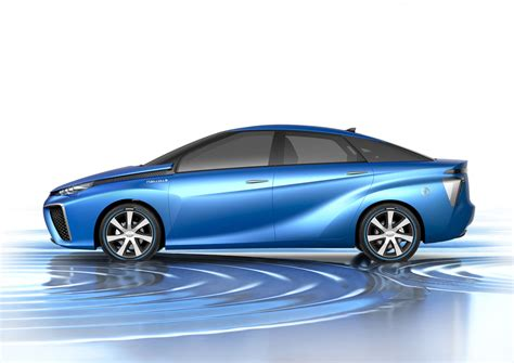 Production to start on Toyota hydrogen vehicle in December ...