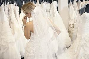Mother of the bride shopping for your daughters wedding for Shopping for wedding dresses