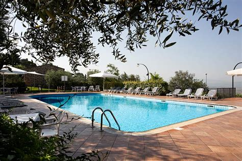 la terrazza assisi la terrazza hotel assisi hotel assisi with swimming pool