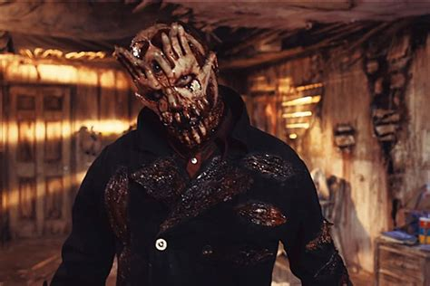 mushroomhead unveil creepy  video  qwerty
