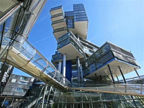 Schöne Und Hässliche Architektur In Hannover Haz