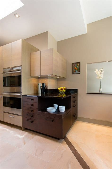 meuble cuisine design meuble d 39 angle cuisine moderne et rangements rotatifs en