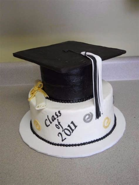 graduation cake ideas 25 simple but creative graduation cakes and cupcakes