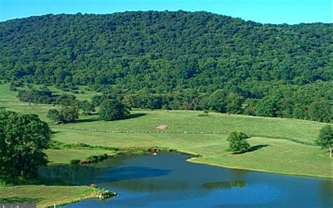 Leesville lake real estate specialist. 1000 acres, Hume, VA, Property ID: 4261293 | Land and Farm