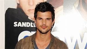 SCREAM QUEENS: Taylor Lautner Joins the Cast for Season 2 ...