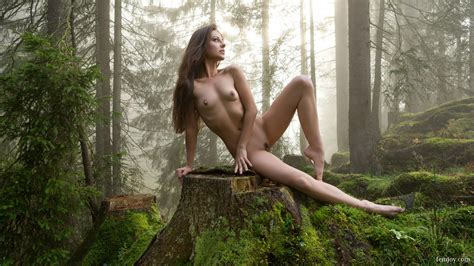 Lorena Garcia Naked Natural Beauty In A Remote Forest