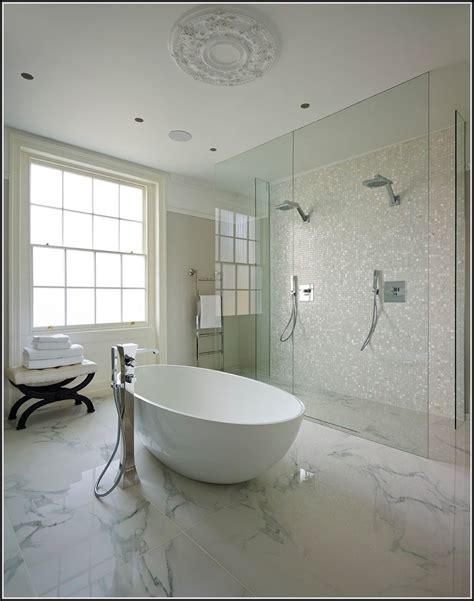 Badewanne Dusche Kombination Preise  Badewanne House