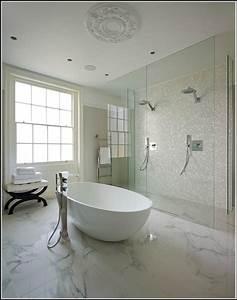 Badewanne Dusche Kombi : badewanne dusche kombination preise badewanne house und dekor galerie 0e4bbb54kx ~ Frokenaadalensverden.com Haus und Dekorationen