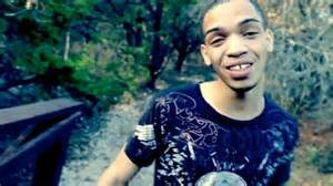 icejjfish on youtube has the voice for mute awesomely luvvie