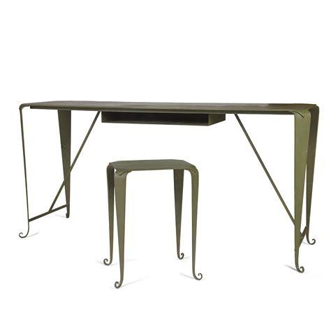 bureau dessin emmanuelle khanh 1937 2017 bureau formant table à