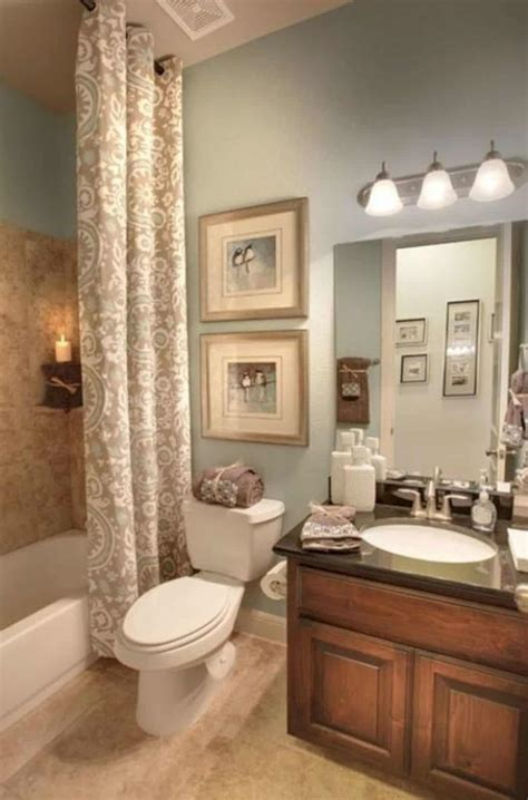 How To Decorate Small Bathroom by 17 Awesome Small Bathroom Decorating Ideas Futurist