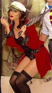 Halloween Paar Kostüme : die besten 25 hugh hefner kost m ideen auf pinterest h schen halloween kost m playboybunny ~ Frokenaadalensverden.com Haus und Dekorationen