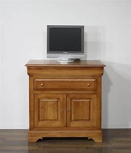Meuble Tv En Chene : meuble tv en ch ne massif de style louis philippe plateau pivotant meuble en ch ne massif ~ Teatrodelosmanantiales.com Idées de Décoration