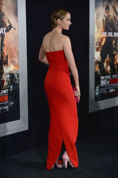 emily blunt red dress  gotceleb