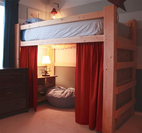 bedroom maximizing  space  bunk bed designs