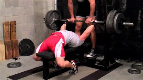 Jason Manenkoff 400 Lb Raw Paused Bench Press @ 165 Lbs