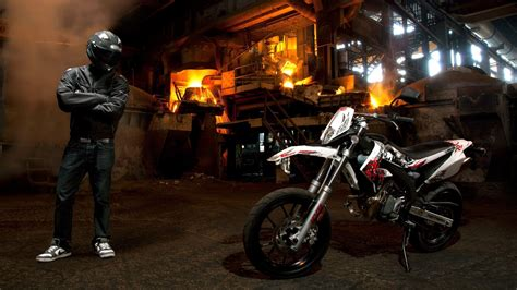Supermoto Wallpapers