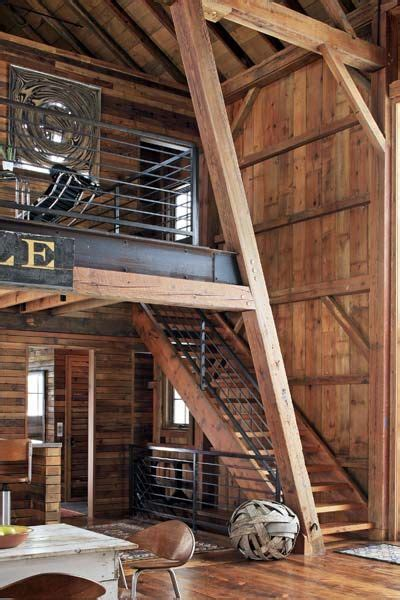 Barn Beams Price by How To Turn A Barn Into A Beautiful Home Steel Beams