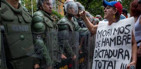 democratic socialism paved    venezuelas