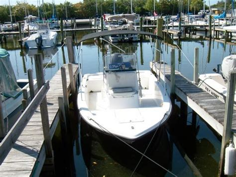 Century Inshore Boats by 2008 Used Century 1902 Inshore Center Console Center
