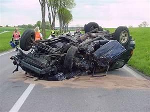 Accident De Voitures : accident de la route accident du travail secours prevention ~ Medecine-chirurgie-esthetiques.com Avis de Voitures