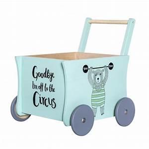 Coffre A Jouet A Roulette : coffre jouets wagon bloomingville file dans ta chambre ~ Teatrodelosmanantiales.com Idées de Décoration