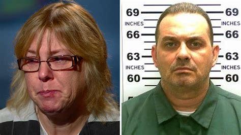 mitchell joyce escape prison today escaped segitiga inmate cinta yang penjara bagaimana menyebabkan diri melarikan