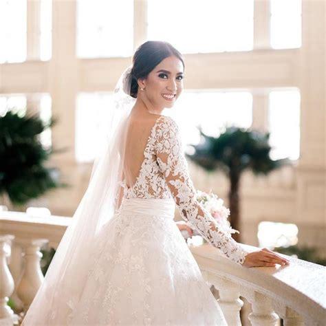 celebrity wedding dresses  fell  love