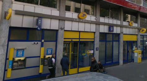 bureau de poste villeurbanne villeurbanne un d un bureau de poste poignardé par