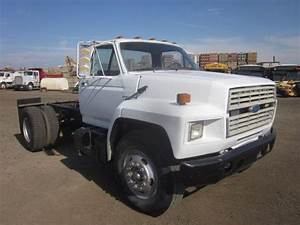 1988 Ford F700 S  A Cab  U0026 Chassis