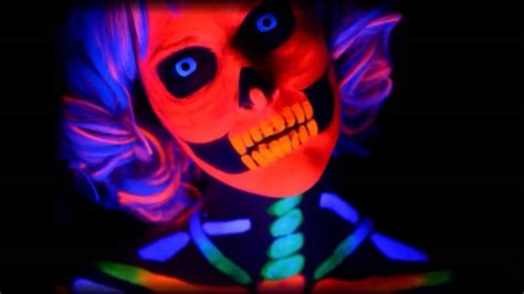 Blue Uv Contact Lenses (black Light Contacts) Youtube