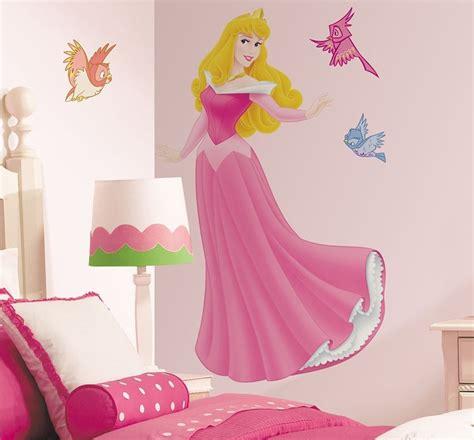 décoration pour la chambre enfant pour les jeunes princesses