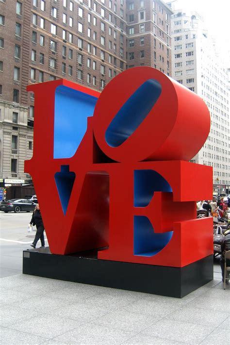 nyc love robert indiana  american pop artist
