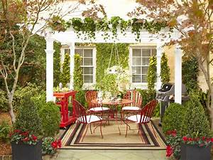 Outdoor decorating ideas youll find useful decorifusta for Small outdoor decor ideas
