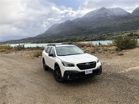 The subaru outback has been around for more than 25 years, splitting the difference between a midsize suv and a station wagon. Premier contact Subaru Outback 2020: s'en tenir à une ...