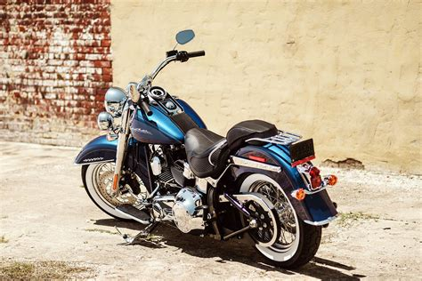 2017 Harley-davidson Softail Deluxe Full Hd Wallpaper And