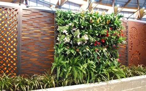 outdoor privacy screens for yards 9 vertical garden diy ideas what props you can build