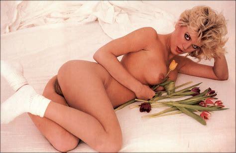 Dorothy Lemay Hot Girls Wallpaper