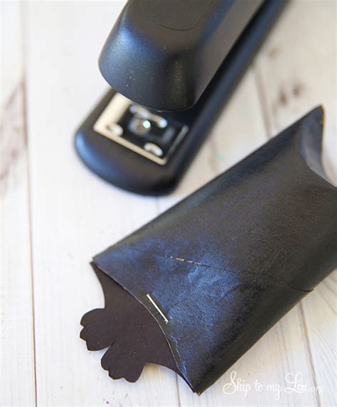 Toilet Paper Roll Bat Wing Template by Hanging Bat Party Favors Skip To My Lou