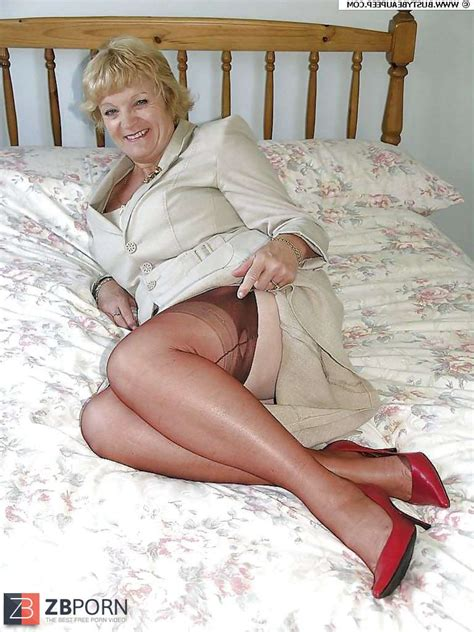 Granny Mature Hose Pipe And High Heeled Slippers Zb Porn
