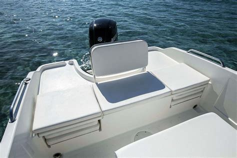 Boat Aft Bench Seat by Bayliner Element Cc6 Review Boats