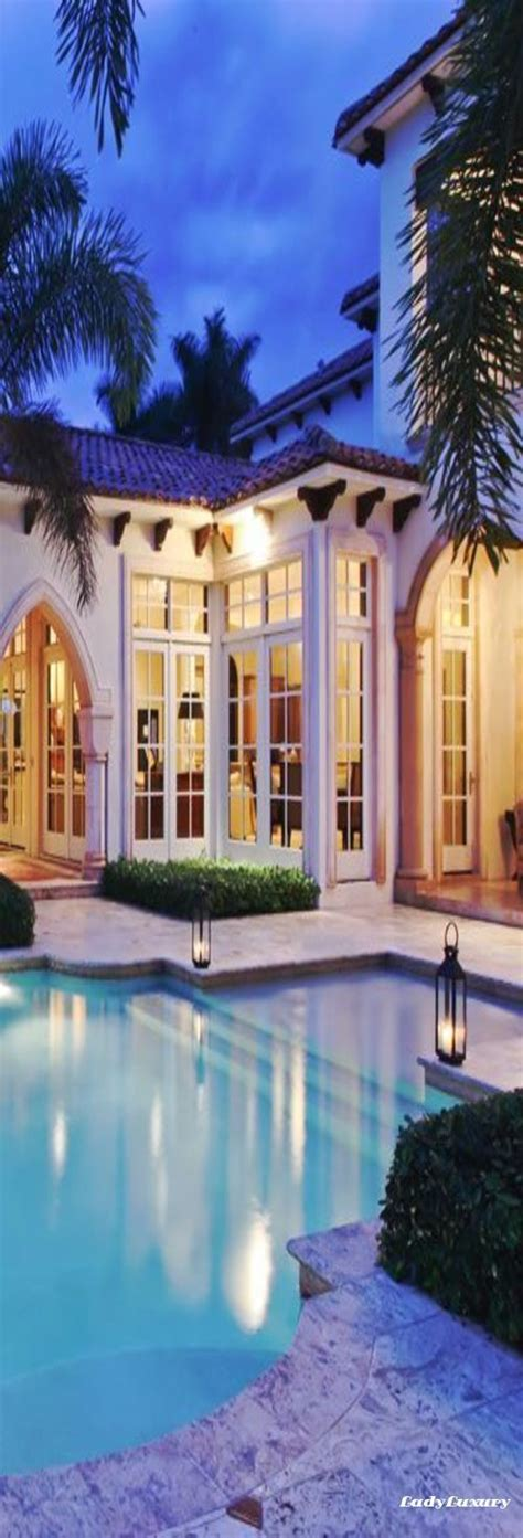 luxury beach homes ladyluxurydesigns luxury pools
