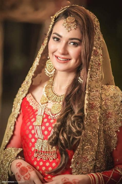 beautiful pictures  hania amir  feroze khan  set