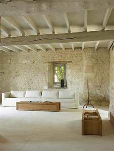 le mur en pierre apparente en 57 photos With habiller un mur exterieur en bois 17 carrelage salle de bain pierre naturelle exterieur