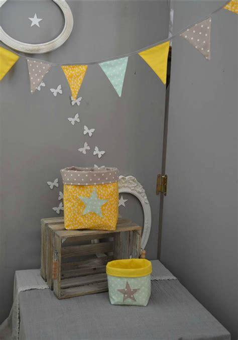 chambre bébé gris et jaune davaus deco chambre bebe jaune et gris avec des