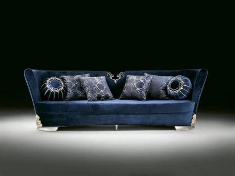 Elegante Divano, Rivestito In Velluto Blu, Per Salotti Di