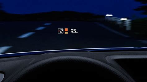 gs   features color head  display lexus bahrain