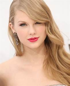 Hot Celebs  Beautiful Taylor Swift