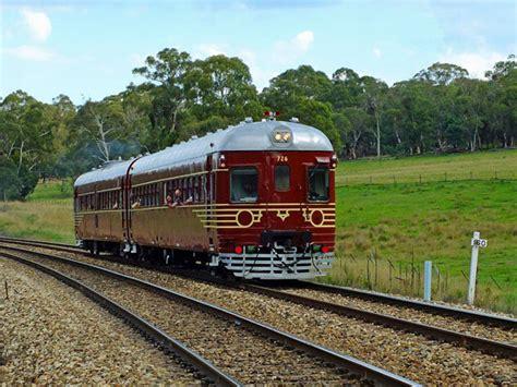australia il treno fotovoltaico scalda  motori energia