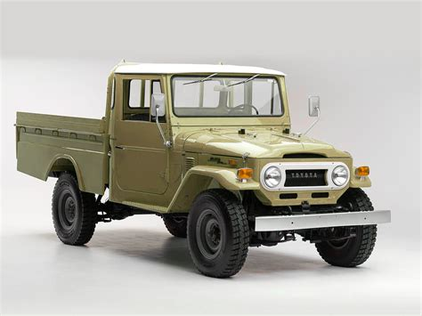 Toyota Land Cruiser Parts by Selection Of Toyota Land Cruiser Parts And Spares